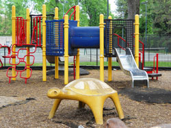 central-playground-4-3-123